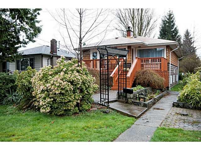 Main Photo: 1425 WILLIAM AV in North Vancouver: Boulevard House for sale : MLS®# V1056954