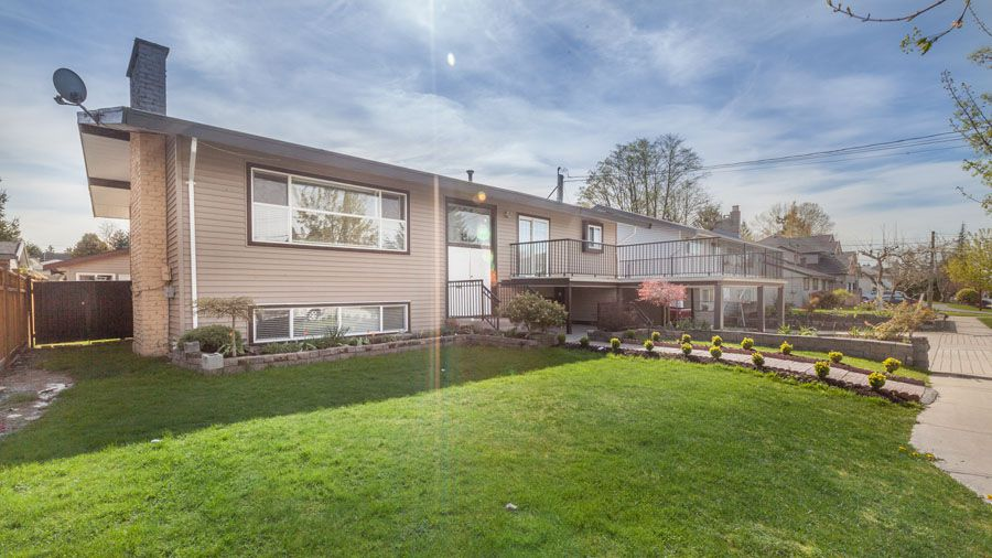 Main Photo: 11086 82nd Avenue in : Nordel House for sale (North Delta)  : MLS®# F1437161