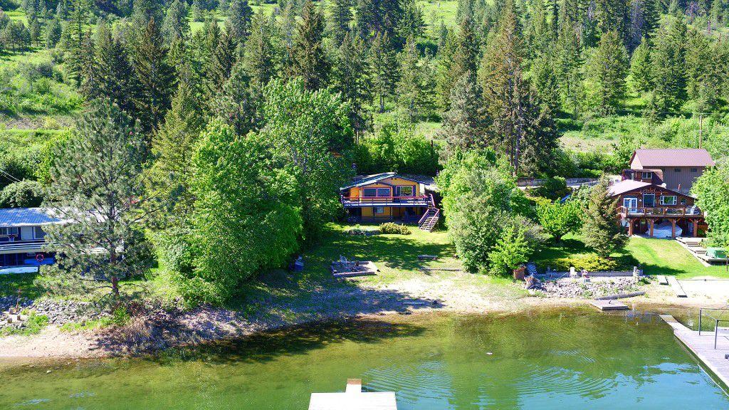 1115 Little Shuswap Lake Road