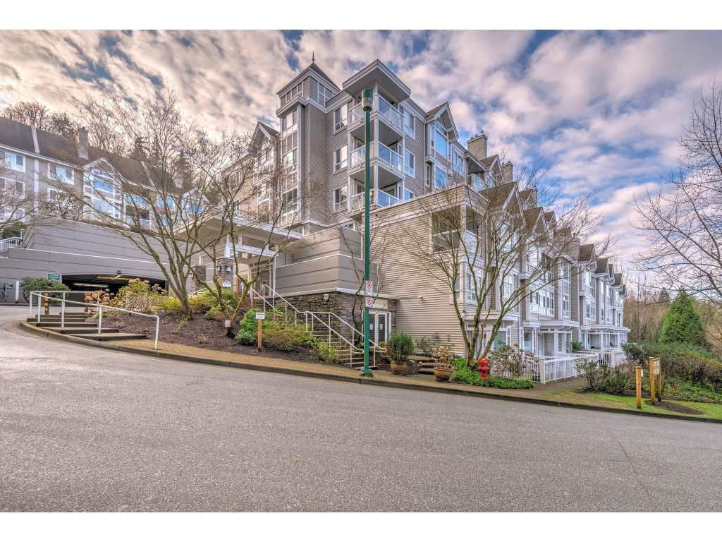 Main Photo: 105 3033 TERRAVISTA PLACE in Port Moody: Port Moody Centre Condo for sale : MLS®# R2334845