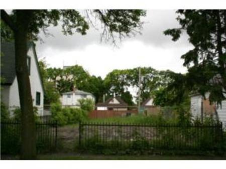 Main Photo: 612 MAGNUS Avenue: Farm for sale (North End)  : MLS®# 1011235