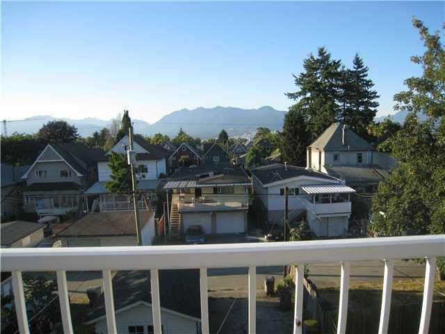 Main Photo: 835 E 13TH AV in Vancouver: Mount Pleasant VE Home for sale (Vancouver East)  : MLS®# V1060494