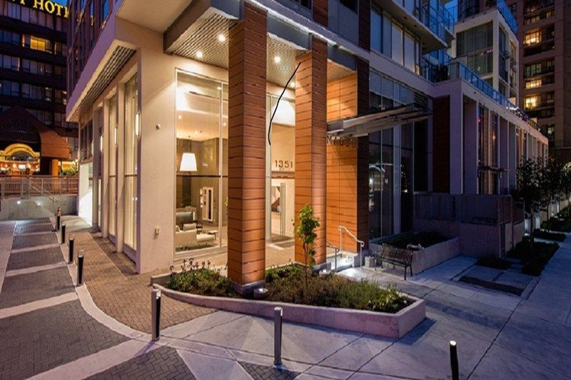 Main Photo: 907 1351 CONTINENTAL STREET in Vancouver: Downtown VW Condo for sale (Vancouver West)  : MLS®# R2278853