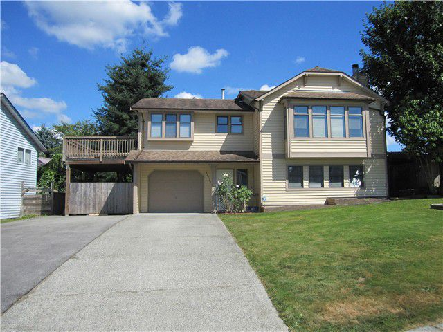 Main Photo: 22637 KENDRICK Loop in Maple Ridge: East Central House for sale : MLS®# V1079324