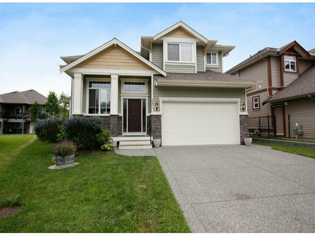 Main Photo: 8471 BAILEY PL in Mission: Mission BC House for sale : MLS®# F1415065