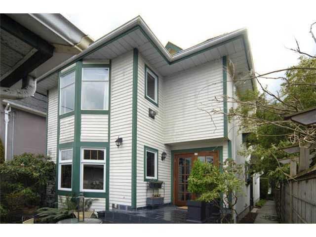 Main Photo: 1823 CREELMAN AVENUE in : Kitsilano House 1/2 Duplex for sale : MLS®# V939193