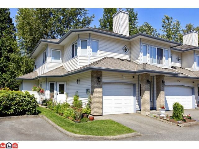 """Main Photo: 57 21579 88B Avenue in Langley: Walnut Grove Townhouse for sale in """"CARRIAGE PARK"""" : MLS®# F1218032"""