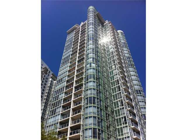 Main Photo: 2605-193 Aquarius Mews in Vancouver: Yaletown Condo for sale (Vancouver West)  : MLS®# V1040914