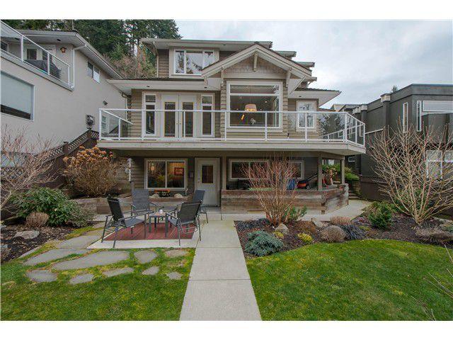 Main Photo: 4265 ST PAULS AV in North Vancouver: Upper Lonsdale House for sale : MLS®# V1065389