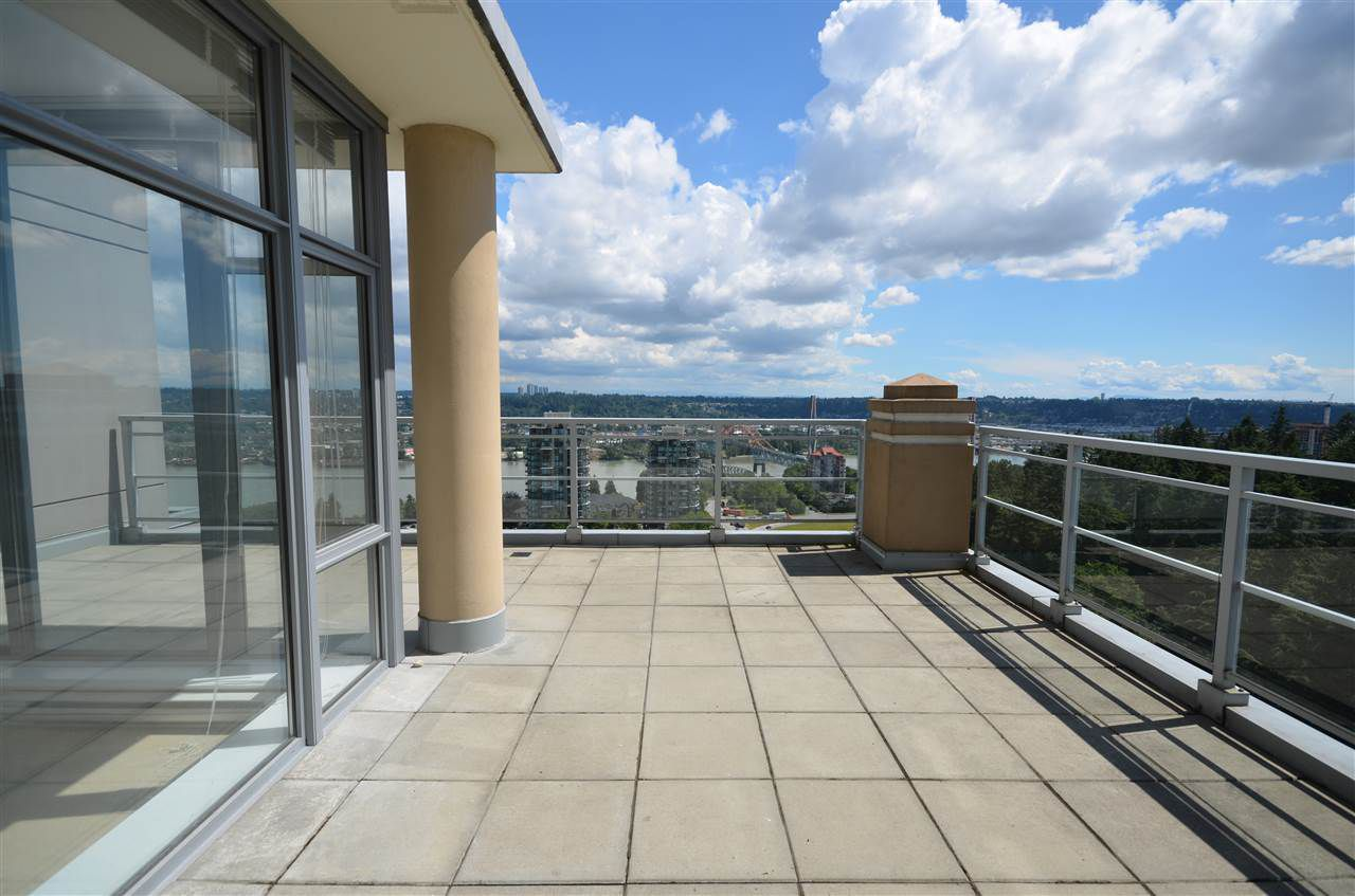 Main Photo: 2304 280 ROSS DRIVE in New Westminster: Fraserview NW Condo for sale : MLS®# R2081036