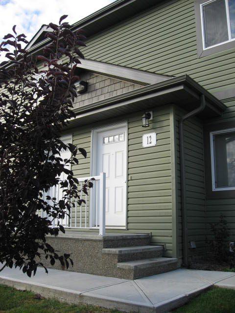 Main Photo: 12 - 30 Oak Vista Drive in St. Albert: Condominium for rent