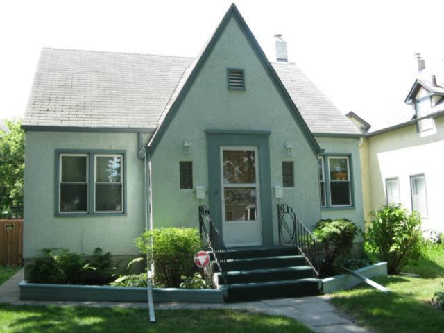 Main Photo: 525 Langevin Street in WINNIPEG: St Boniface Residential for sale (South East Winnipeg)  : MLS®# 1214423