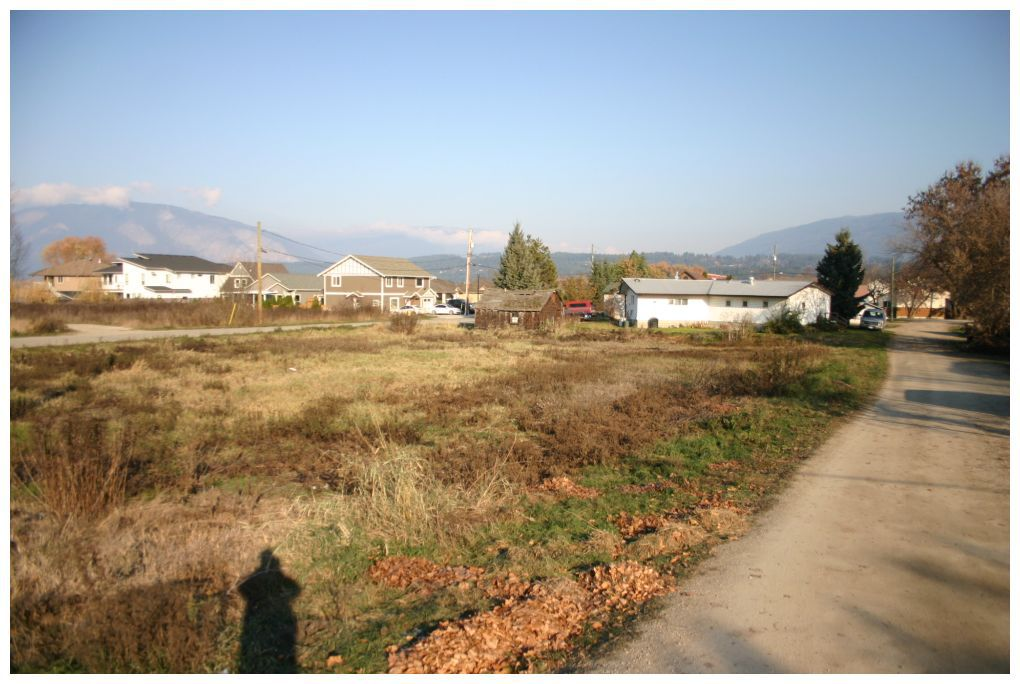 Main Photo: 341-391 Northwest Fraser Avenue in Salmon Arm: Harbourfront District Vacant Land for sale (NW Salmon Arm)  : MLS®# 10091225