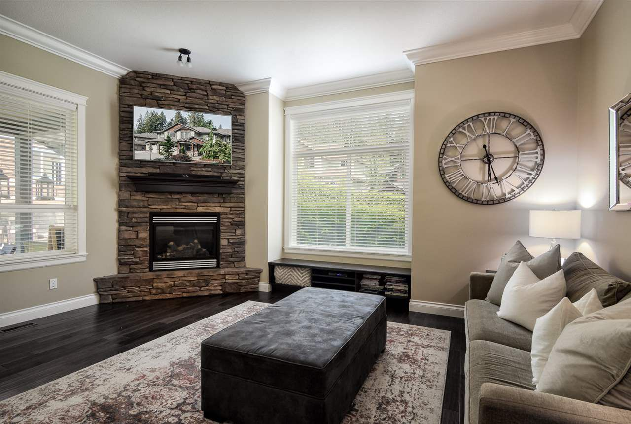Main Photo: 16 13210 Shoesmith Crescent in Maple Ridge: Silver Valley House for sale : MLS®# R2299229