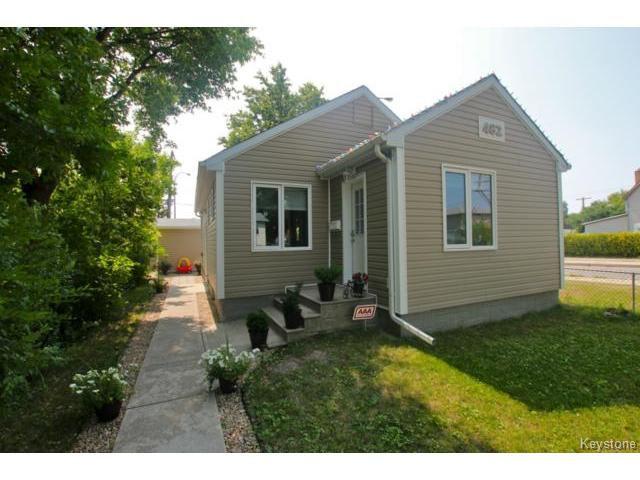 Main Photo: 482 William Newton Avenue in WINNIPEG: East Kildonan Residential for sale (North East Winnipeg)  : MLS®# 1418641