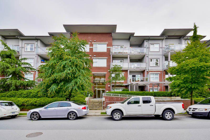 Main Photo: 210 2488 kelly Avenue in port coquitlam: Central Pt Coquitlam Condo for sale (Port Coquitlam)  : MLS®# R2115006