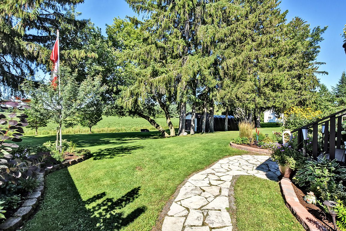 Photo 37: Photos: 5000 Dunning Road in Ottawa: Bearbrook House for sale