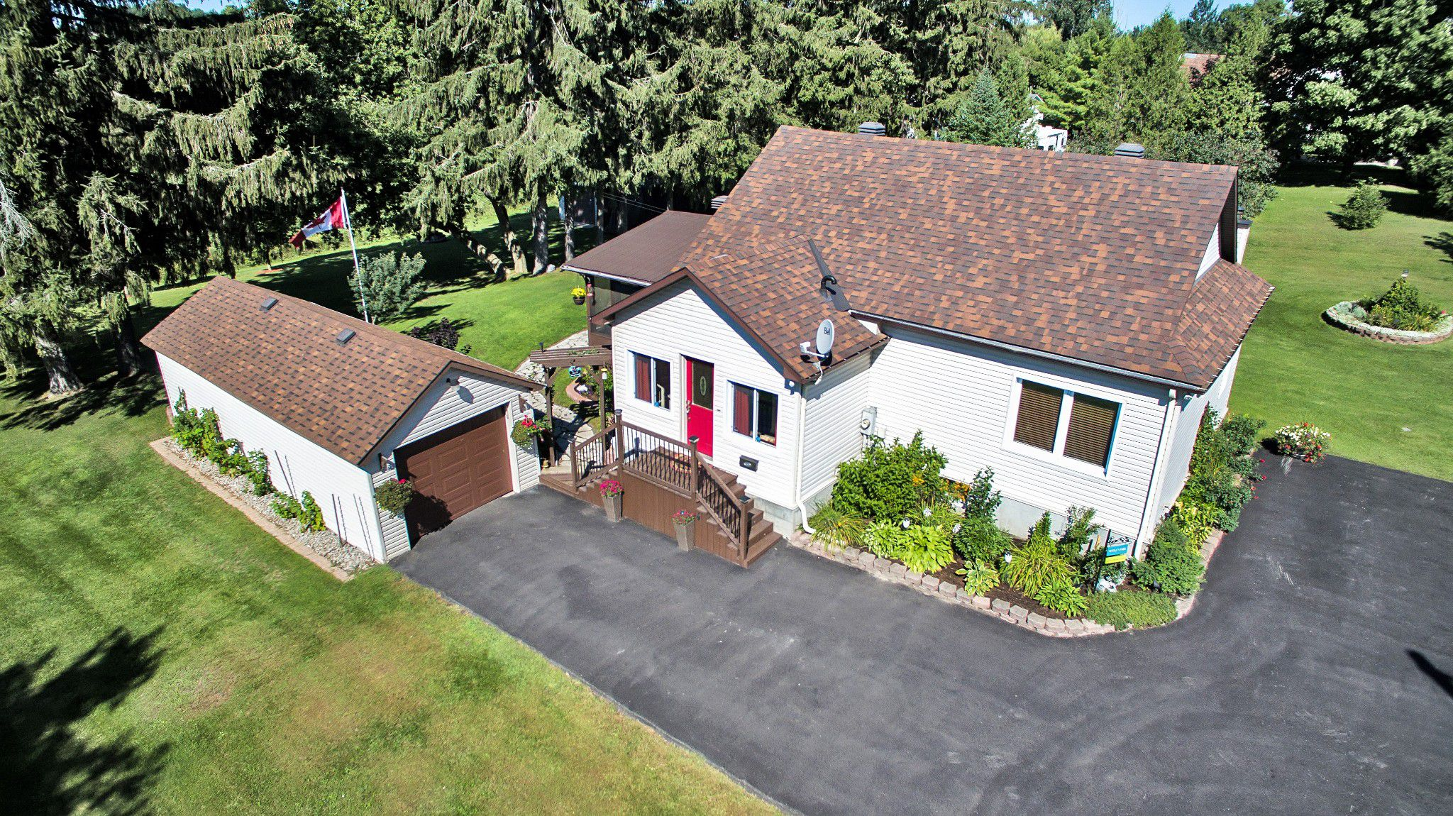 Photo 2: Photos: 5000 Dunning Road in Ottawa: Bearbrook House for sale