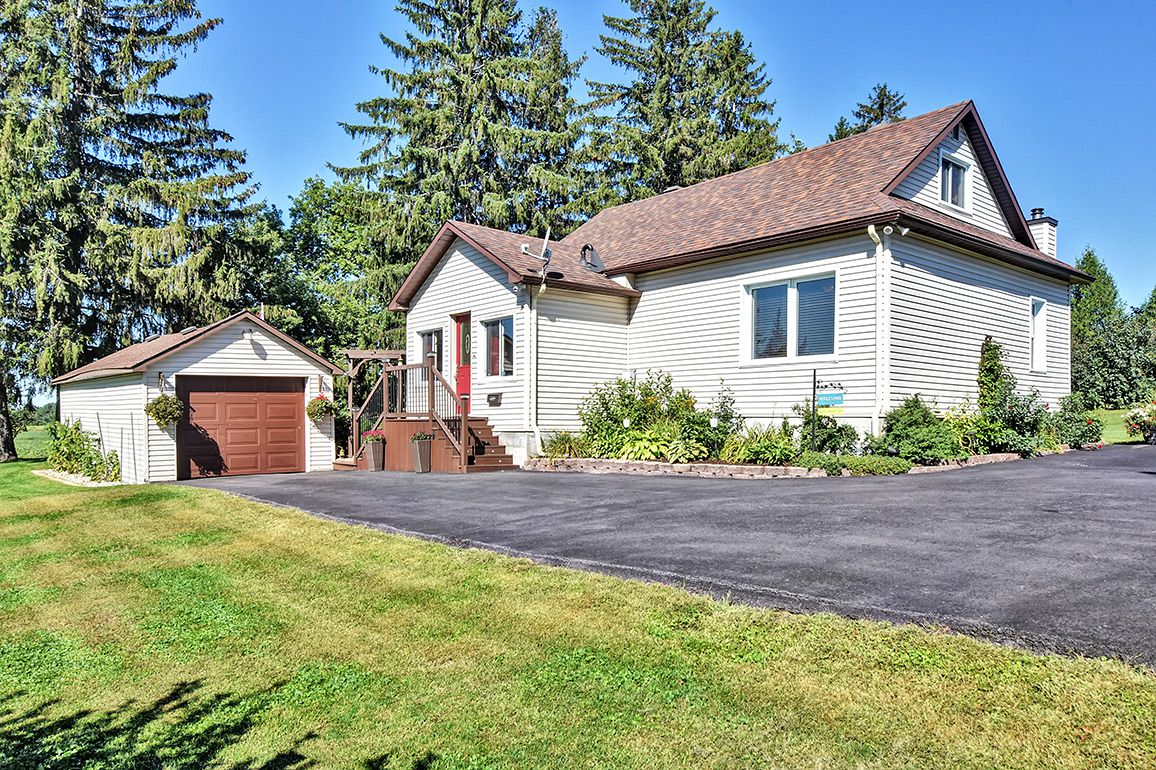 Main Photo: 5000 Dunning Road in Ottawa: Bearbrook House for sale
