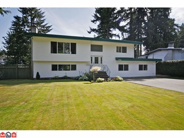 """Main Photo: 20760 39TH Avenue in Langley: Brookswood Langley House for sale in """"BROOKSWOOD"""" : MLS®# F1219961"""