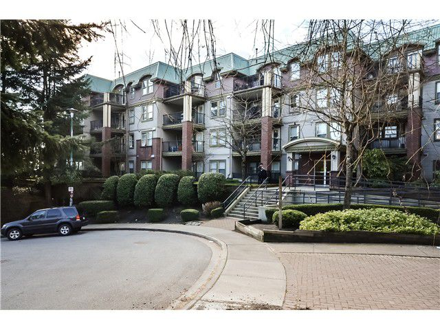 """Main Photo: 208 1591 BOOTH Avenue in Coquitlam: Maillardville Condo for sale in """"LE LAURENTIAN"""" : MLS®# V994679"""