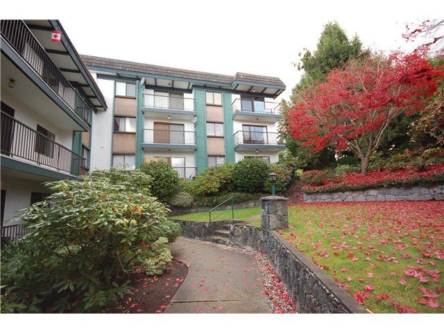 "Main Photo: 109 5450 EMPIRE Drive in Burnaby: Capitol Hill BN Condo for sale in ""EMPIRE PLACE"" (Burnaby North)  : MLS®# V1020859"