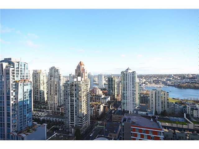 Main Photo: 2505-1325 Rolston in Vancouver: Yaletown Condo for sale (Vancouver West)  : MLS®# V1035905