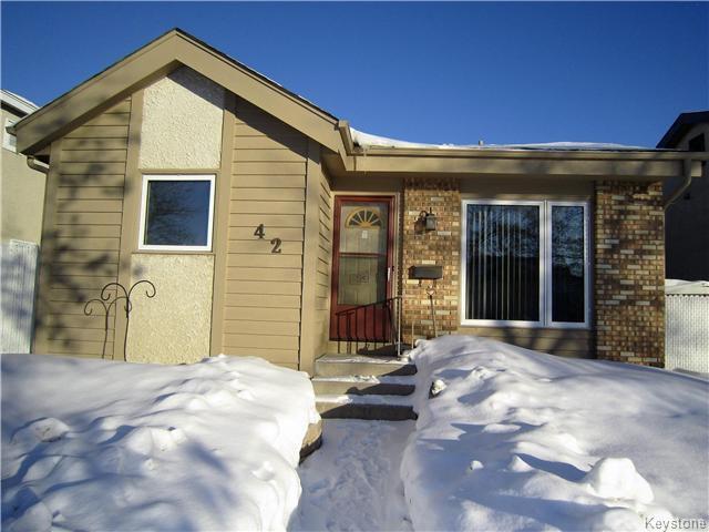 Main Photo: 42 Barnham: Residential for sale (4K)  : MLS®# 1702357