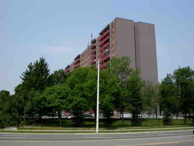 Main Photo: 02 1950 Kennedy Road in Toronto: Dorset Park Condo for sale (Toronto E04)  : MLS®# E2643930