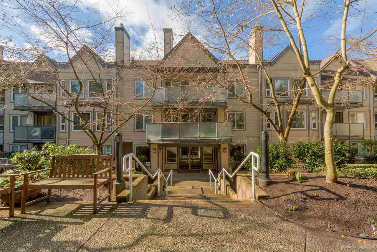 Main Photo: 201 6707 SOUTHPOINT DRIVE in Burnaby: South Slope Condo for sale (Burnaby South)  : MLS®# R2037304