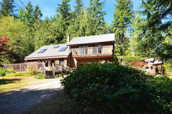 Main Photo: 3094 GRAUMAN Road: Roberts Creek House for sale (Sunshine Coast)  : MLS®# V971190