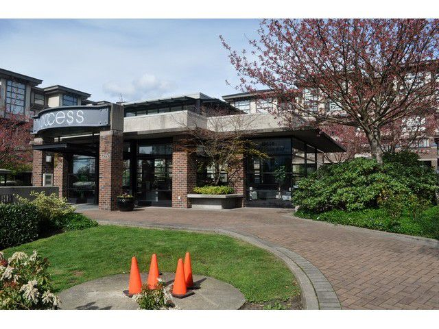 Main Photo: # 209 10866 CITY PARKWAY DR in Surrey: Whalley Condo for sale (North Surrey)  : MLS®# F1437277