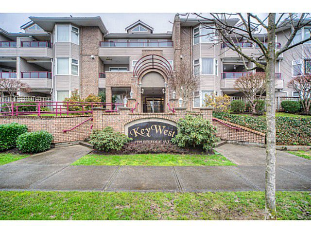 Main Photo: 308 1999 SUFFOLK AV. Avenue in Port Coquitlam: Glenwood PQ Condo  : MLS®# V1101485