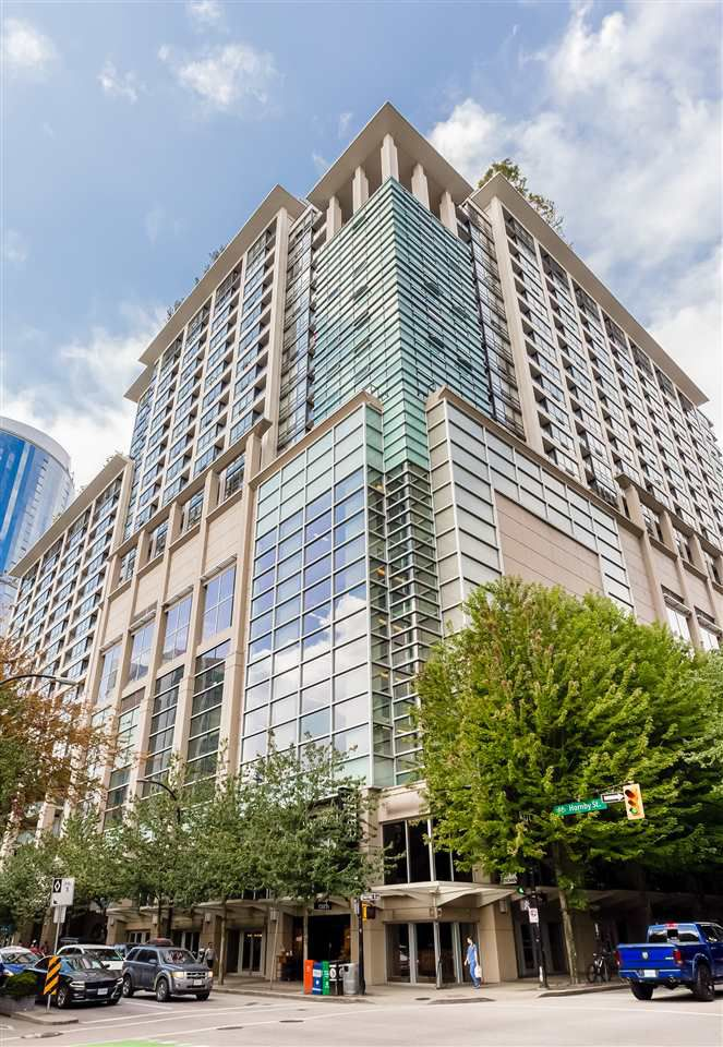Main Photo: 1723 938 SMITHE STREET in Vancouver: Downtown VW Condo for sale (Vancouver West)  : MLS®# R2131717