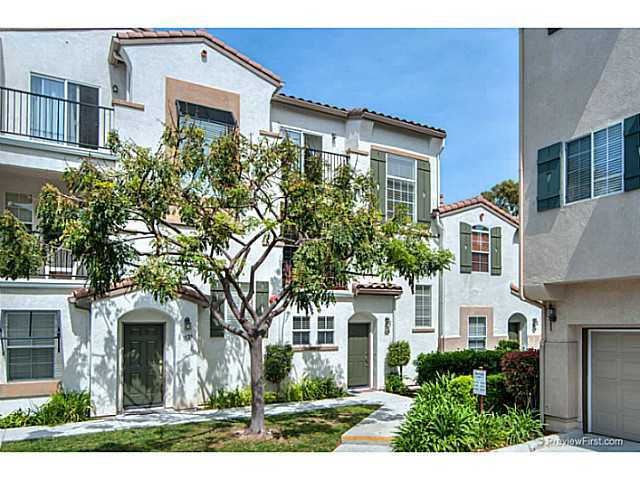 Main Photo: CARLSBAD SOUTH Condo for sale : 2 bedrooms : 3130 Via Simpatia in Carlsbad