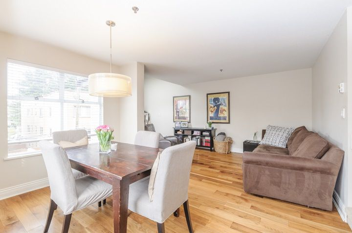 Main Photo: 1461 WALNUT STREET in Vancouver: Kitsilano Townhouse for sale (Vancouver West)  : MLS®# R2061497