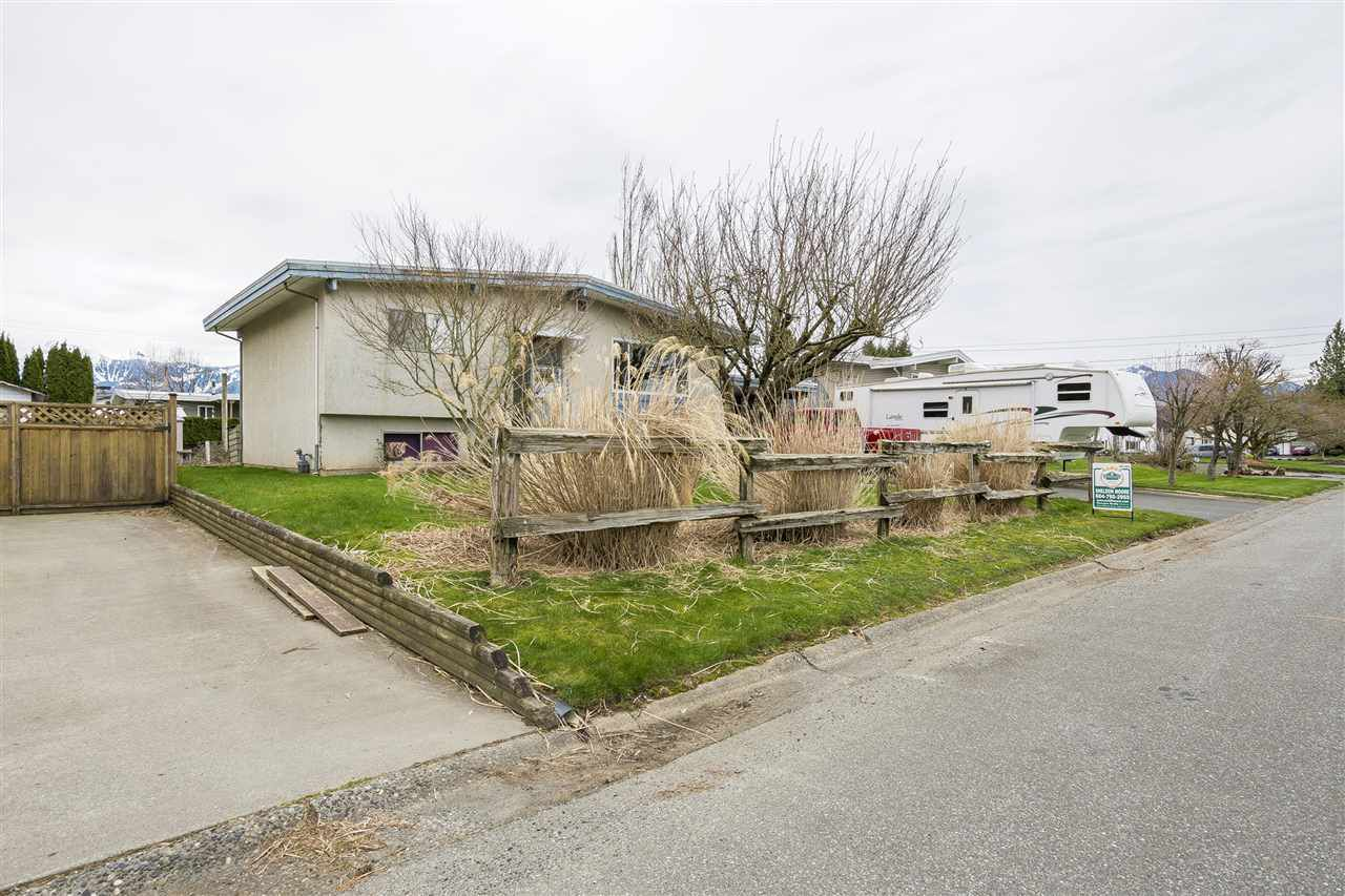 Main Photo: 10336 GRANT STREET in Chilliwack: Fairfield Island House for sale : MLS®# R2152891