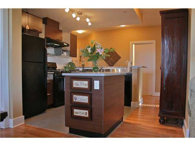 """Main Photo: 103 9233 FERNDALE Road in Richmond: McLennan North Condo for sale in """"RED 2"""" : MLS®# V930292"""