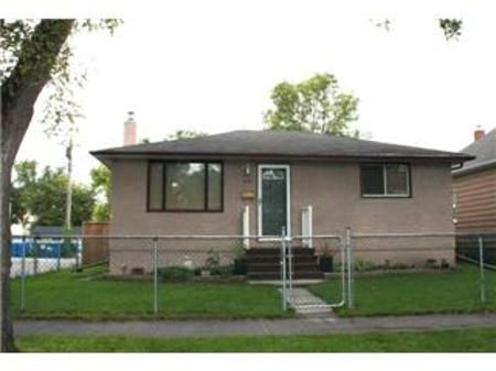 Main Photo: 521 CARLAW Avenue: Residential for sale (Fort Rouge)  : MLS®# 1018447