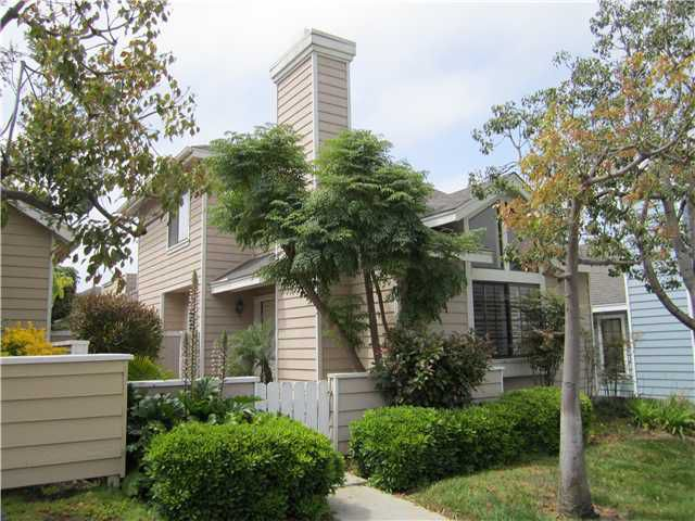 Main Photo: CARLSBAD WEST Home for sale or rent : 3 bedrooms : 831 Skysail in Carlsbad