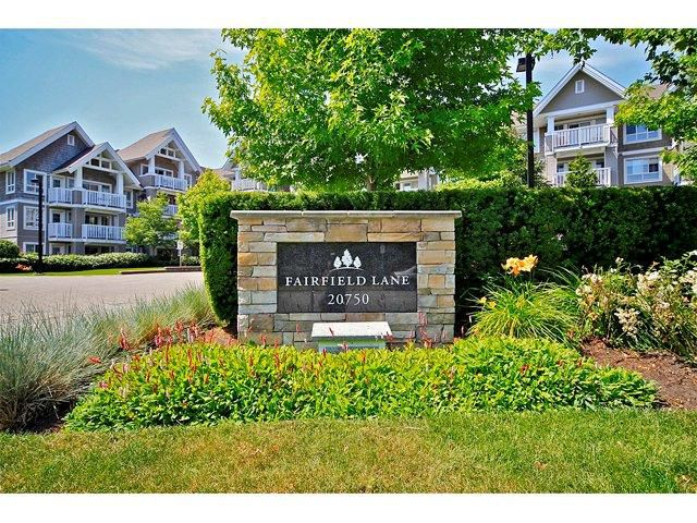 "Main Photo: 413 20750 DUNCAN Way in Langley: Langley City Condo for sale in ""Fairfield Lane"" : MLS®# F1218289"
