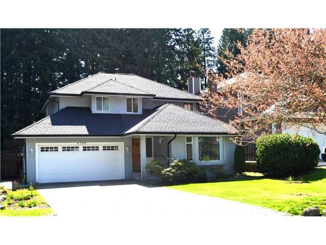 Main Photo: 4709 UNDERWOOD AV in North Vancouver: Lynn Valley House for sale : MLS®# V1002069