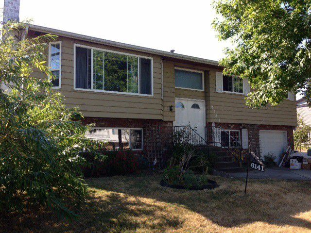 """Main Photo: 6141 175A Street in Surrey: Cloverdale BC House for sale in """"Greenway"""" (Cloverdale)  : MLS®# F1319118"""