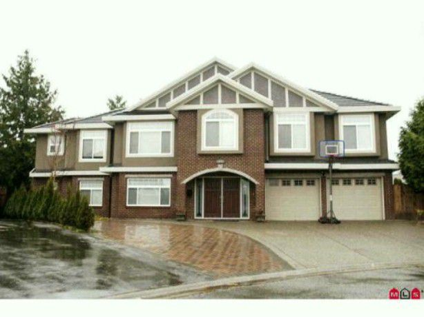 Main Photo: 13287 MELVILLE Place in Surrey: Queen Mary Park Surrey House for sale : MLS®# F1421178