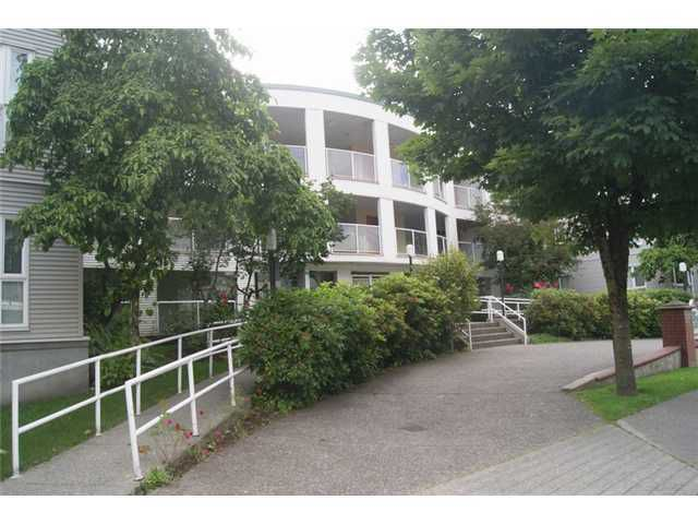 Main Photo: # 206 2339 SHAUGHNESSY ST in Port Coquitlam: Central Pt Coquitlam Condo for sale : MLS®# V1074576