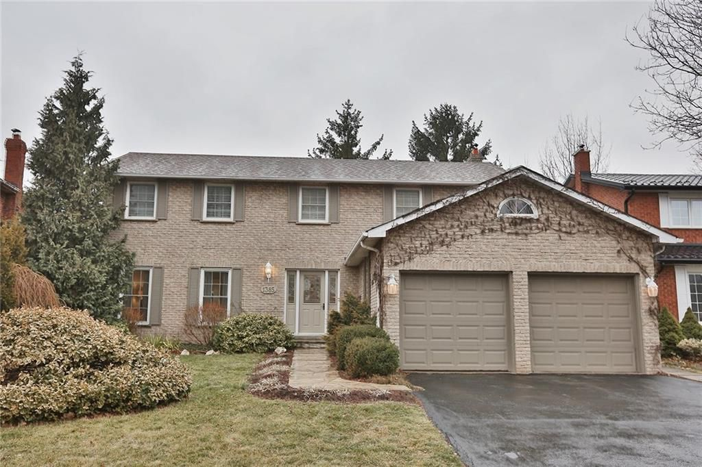 Main Photo: 1385 Edgeware Rd in : 1005 - FA Falgarwood FRH for sale (Oakville)  : MLS®# 30508181