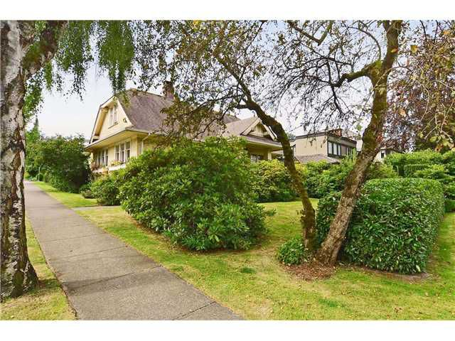 Main Photo: 1706 W 15TH Avenue in Vancouver: Fairview VW House for sale (Vancouver West)  : MLS®# V965013