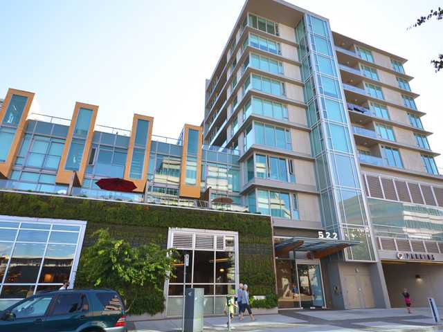 "Main Photo: 701 522 W 8TH Avenue in Vancouver: Fairview VW Condo for sale in ""CROSSROADS"" (Vancouver West)  : MLS®# V969156"