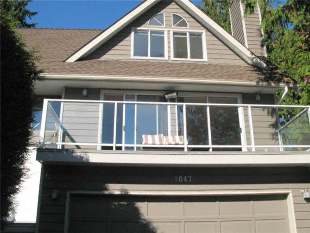 """Main Photo: 1047 TOBERMORY Way in Squamish: Garibaldi Highlands House for sale in """"TOBERMORY"""" : MLS®# V987727"""