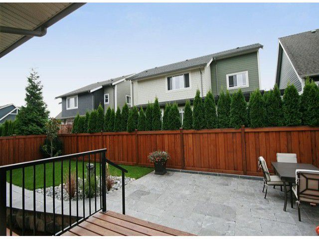 Photo 14: Photos: 17290 1ST AV in Surrey: Pacific Douglas House for sale (South Surrey White Rock)  : MLS®# F1424091